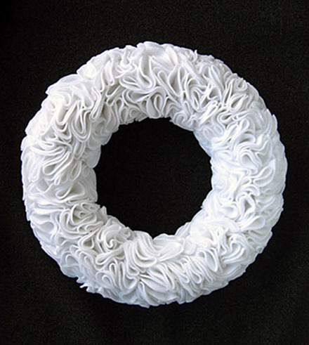 felt-ruffle-wreath (1)