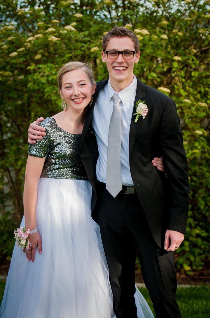 Mormon Prom-9503